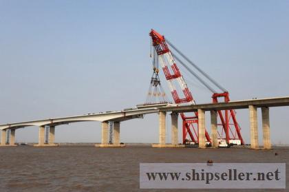 Floating Crane hire charter crane barge rent