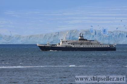 Sell Cruise ship blt 1976 LOA 100.02 Deadweight (tonn): 1465